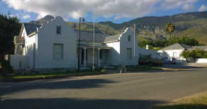 Greyton B&B accommodation – the historical Greyton Lodge, a luxurious & romantic setting