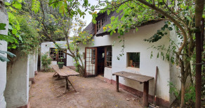 Rustic cottage with stream through garden for sale in Greyton – Ref: IAC