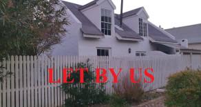 Greyton rental: 3 bedroom cosy cottage to let on Greyton's mink & manure belt – Ref: CVRR
