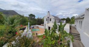 versatile property for sale on Upper Park Street – Ref: MWPS